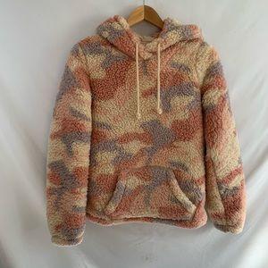 NWT hollister fuzzy Sherpa hoodie sweatshirt pink